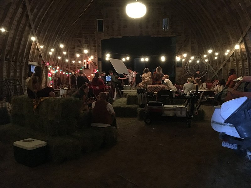 Barn party2